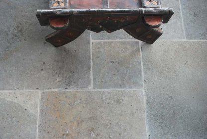 Allendale Flagstone Stone Floor