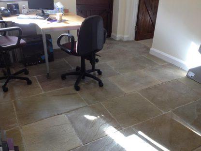 Buckingham Flagstone Stone Floor