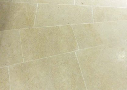 BDorset Sand Tumbled Stone Floor