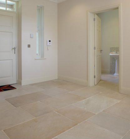 Rochester Flagstone Stone Floor