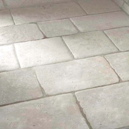 Antique-French-Barr-Limestone-Free-Lengths