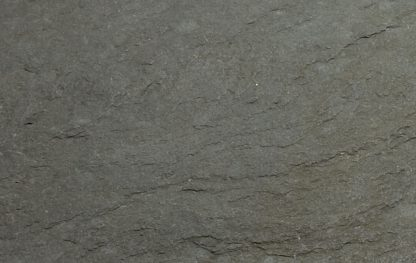 Cairn Grey Tumbled close up